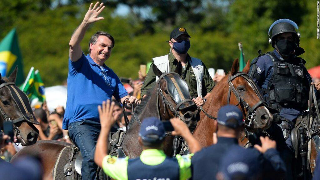 Brazilian coronavirus: Judge orders Bolsonaro to wear a ring face mask