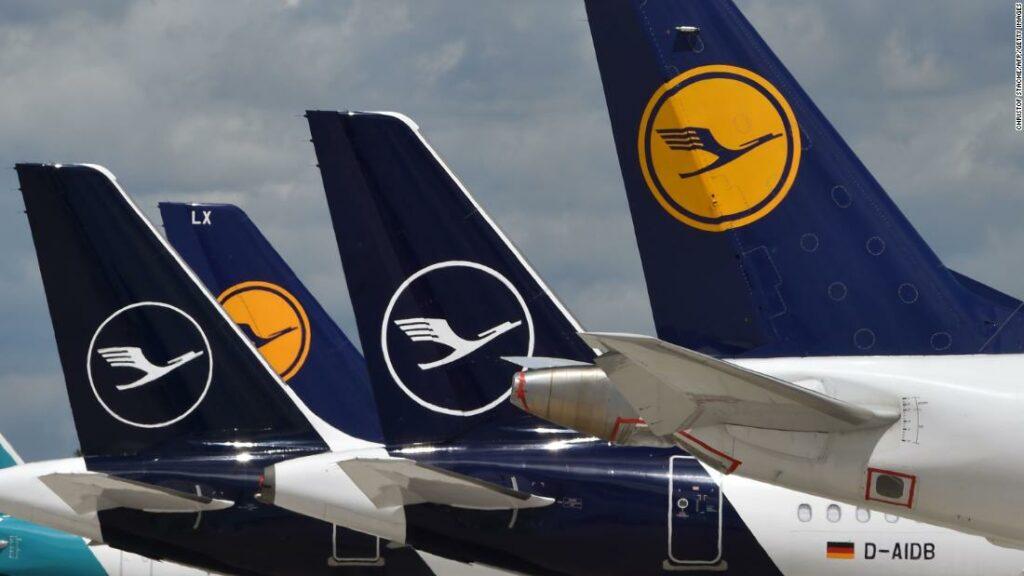 Lufthansa rescue approves billionaire shareholder after leaving opposition