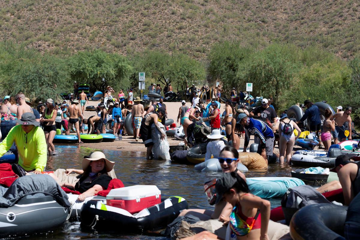 Photo of Arizona undoes reopening during coronavirus flows