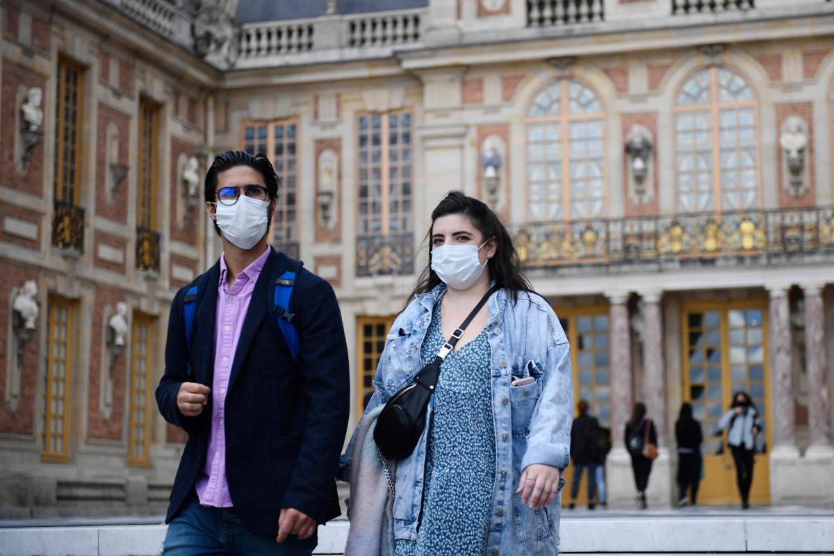 WHO reverses position in facial masks as coronavirus cases increase