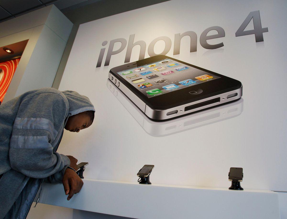 New iPhone 12 Leaks, iPad Pro's Massive Upgrade, Goodbye MacBook Air